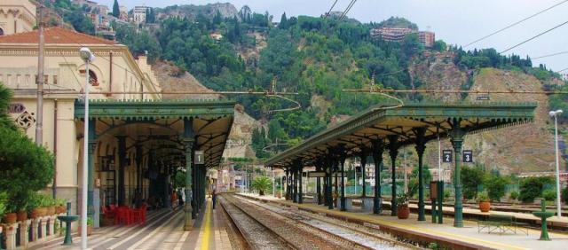 Gare de Taormine