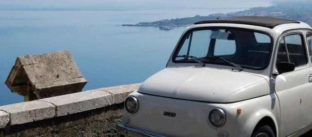 500 Vintage sur la côte sicilienne