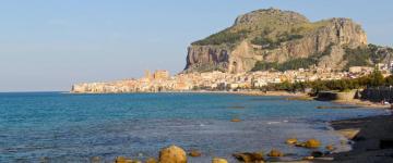 Guide Cefalù – Des roches à la mer cristalline