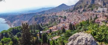 Guide de Taormine 2019 – Terrasse naturelle avec vue sur la mer